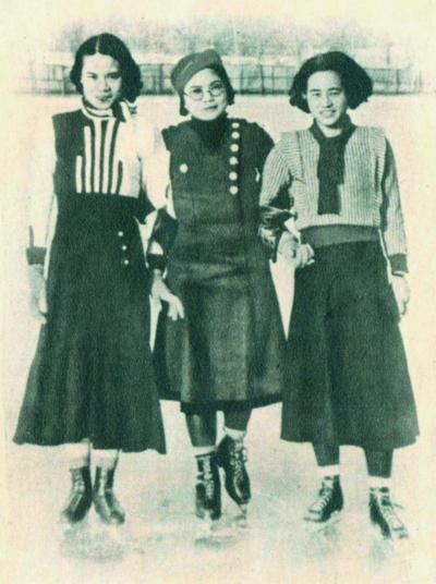 集各种时尚元素于一身,是旧时代新女性的典型代表